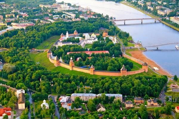 Работа в Новгороде