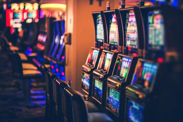 Где можно в игровые автоматы играть бесплатно?