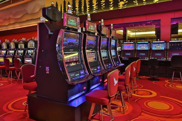 Играем бесплатно в казино Азино 777